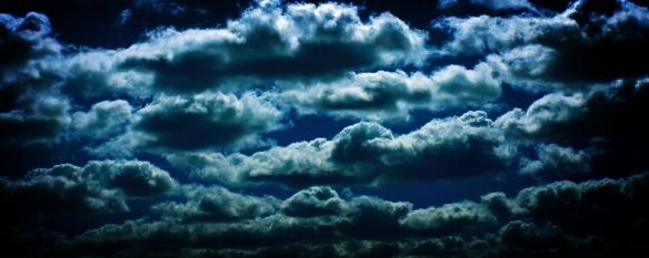 Nubes%20y%20cielo%20celeste-893680.jpg