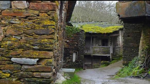 los-5-pueblos-abandonados-de-galicia-que-tienes-que-visitar-2
